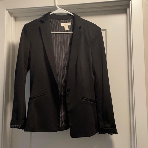 Gorgeous Black Blazer / Pinstripe pattern within